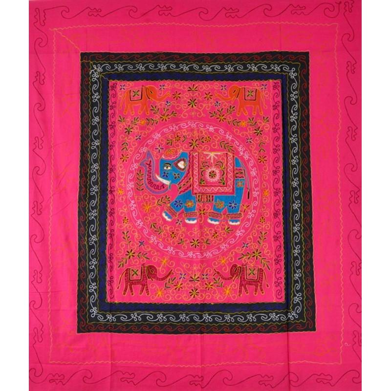 ELEPHANT DANCE Tagesdecke / Wandbehang pink
