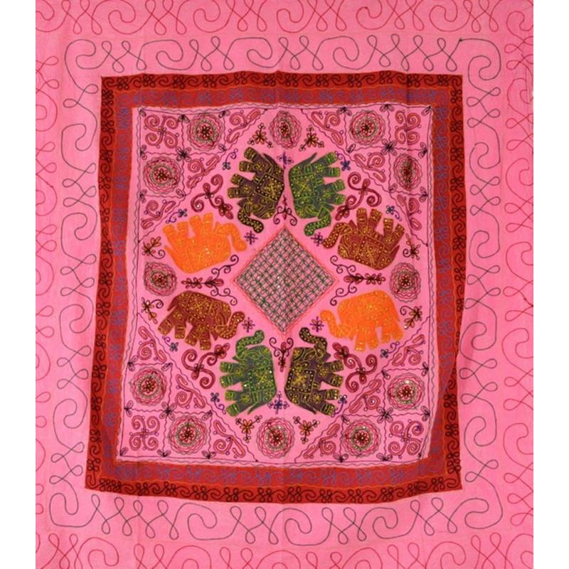 ELEPHANT DANCE Tagesdecke / Wandbehang rosa