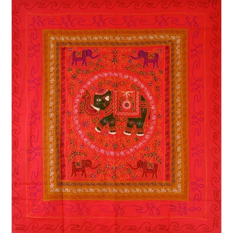 ELEPHANT DANCE Tagesdecke / Wandbehang rot