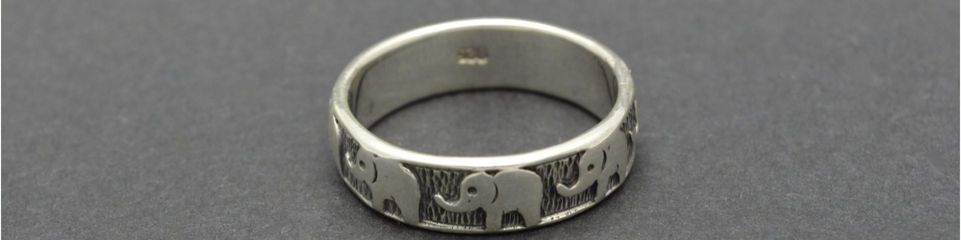 Elefantenschmuck - hier online kaufen