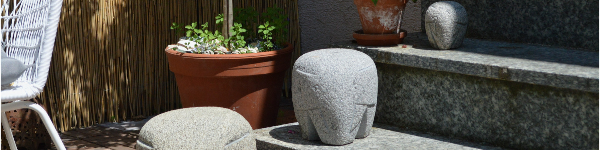shop natural stone elephant figures for your garden,terrace or balcony