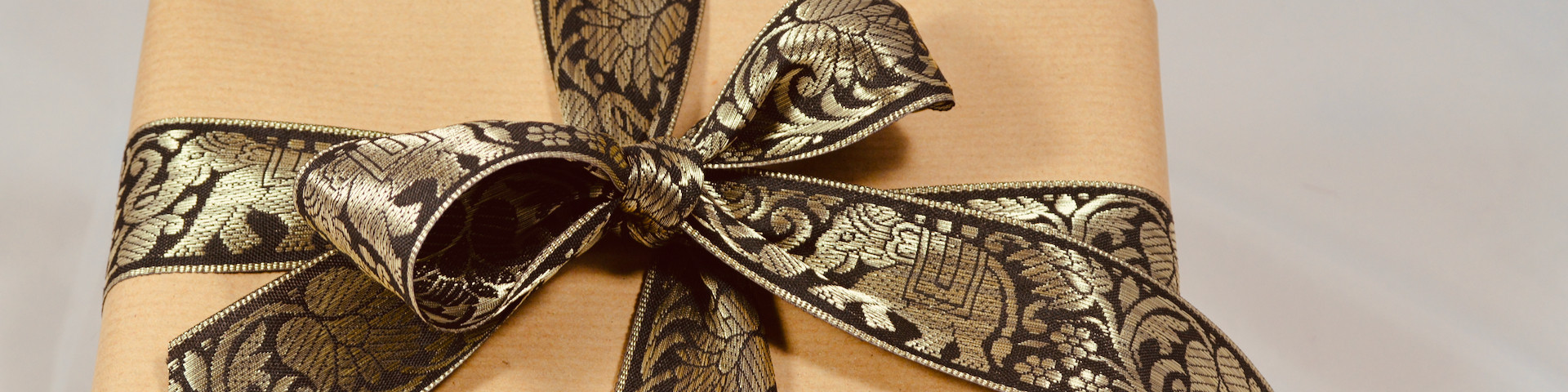 shop elephant wrapping paper & gift ribbon